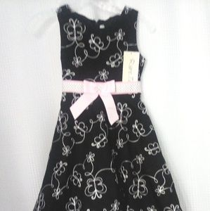 New with Tags NWT Little Girls Dress
